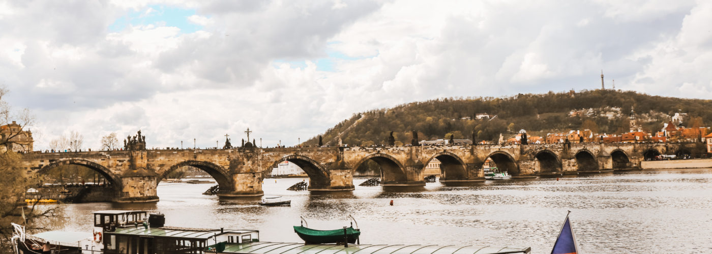 15 TIPS YOU CAN'T FORGET BEFORE  HEADING TO PRAGUE